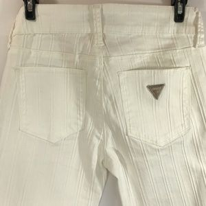 *GUESS* VTG Off White Stretch Skinny Jeans